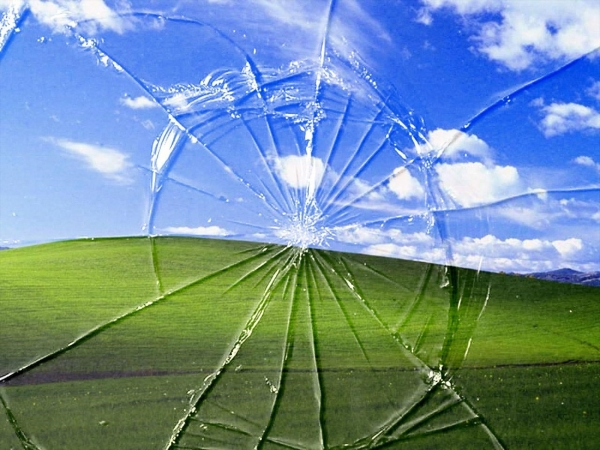 broken screen windows xp wallpaper