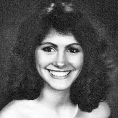 Young Julia Roberts Yearbook picture