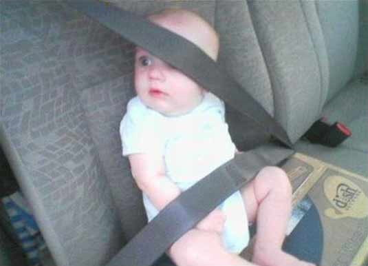 Baby wearing safety belt