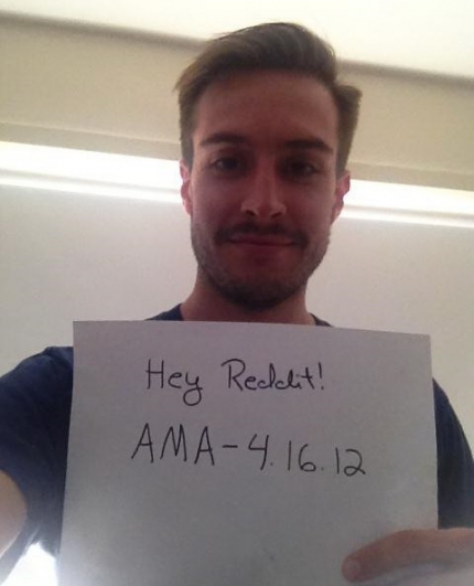 Ridiculously Photogenic Guy Does A Reddit AMASmital Online