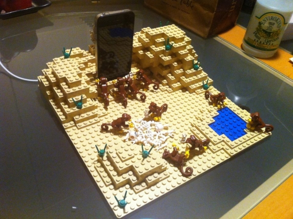 Lego 2001: A Space Oddysey iPhon charger