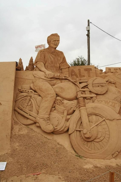Steve McQueen on motorcycle sand sculpture