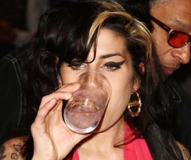 Amy Winehouse drinking